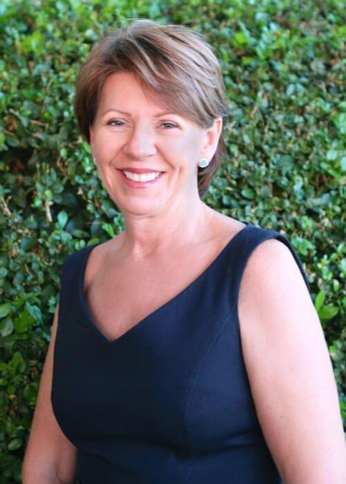 Receptionist at Dr David Sharp Plastic Surgery, Julie McIntosh